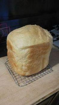 ホームベーカリーの食パン2.jpg